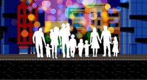 rodziny z dziećmi na tle budynków