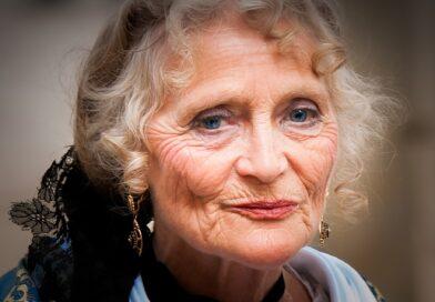 portret kobiety w starszym wieku